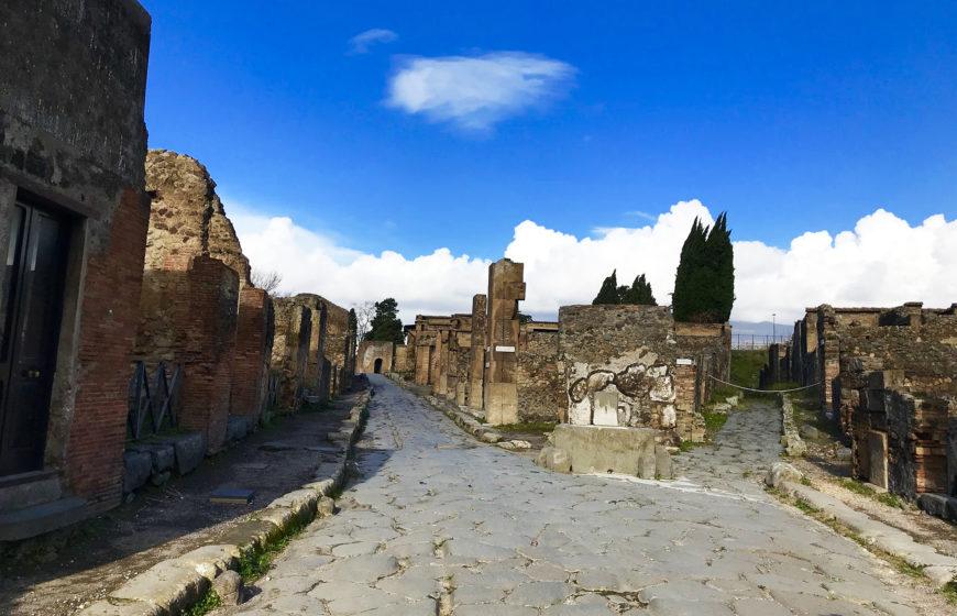 Помпеи (Pompei)