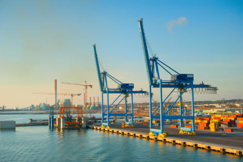 Промышленный морской торговый порт Чивитавеккья